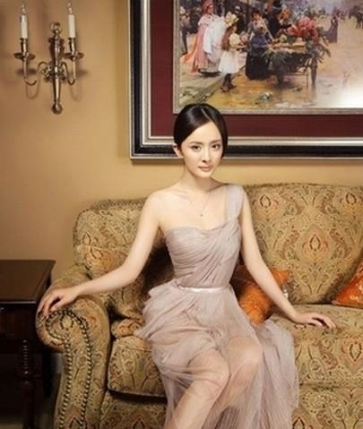 杨幂否认被潜细数那些年被潜的女星 最新娱乐八卦新闻